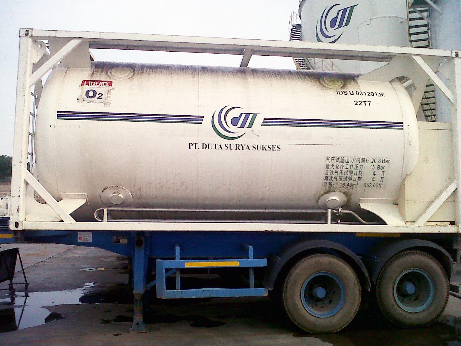 Cryogenic cylinder liquid oxygen iso tank PT. Duta Surya Sukses at Batam